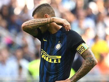 Mauro Icardi baalt dat Inter niet verder komt dan een 1-1 gelijkspel tegen Bologna. (25-09-2016)