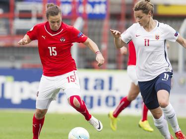 ÖFB-Stürmerin Nicole Billa gegen Norwegens Abwehrmauer