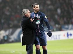 Carlo Ancelotti (l.) trainierte Zlatan Ibrahimović eine Saison lang in Paris
