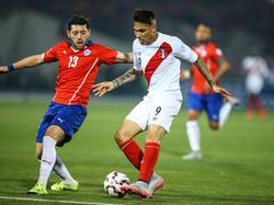 Perú no podrá contar con su mejor goleador Paolo Guerrero. (Foto: Imago)
