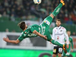 Mit einem gewaltigen Fallrückzieher erzielte Matej Jelić das 3:0 gegen den WAC