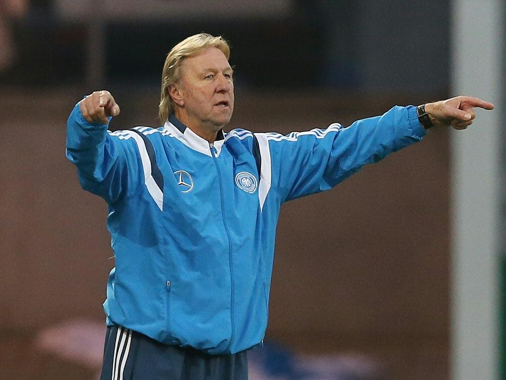 Horst Hrubesch und die U21 gewinnen gegen Aserbaidschan