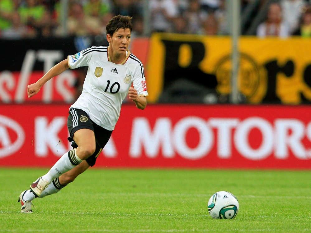 Ex-Nationalspielerin Linda Bresonik bleibt Duisburg treu