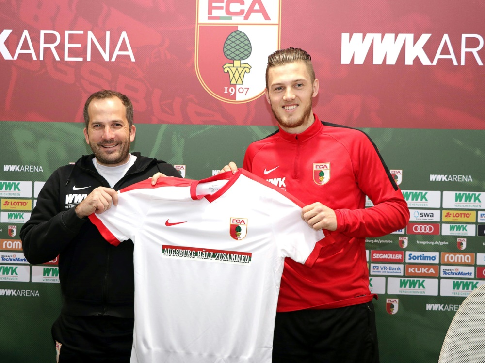 Der FC Augsburg wirbt für Zusammenhalt