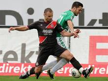 Fehlt den Kiezkickern verletzungsbedingt: Bernd Nehrig (l.)