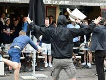 Russische Hooligans lieferten sich schon bei der EM in Frankreich hässliche Kämpfe