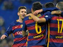 Der FC Barcelona zieht souverän ins Viertelfinale ein