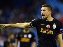 Lukas Podolski ist unzufrieden mit Yasin Öztekin