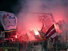 Einsatz von Pyrotechnik: 15.000 Euro Strafe für Bayern