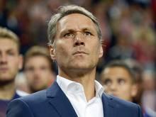 Marco van Basten will das Benehmen der Spieler verbessern