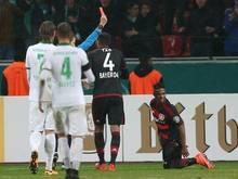 Wendell sah im Pokalspiel gegen Bremen die Rote Karte