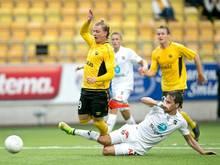 Simon Hedlund (l.) spielt demnächst für Union Berlin