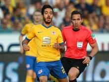 Salim Khelifi (l.) fehlt dem BTSV zwei Spiele