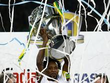 Zé Roberto feiert Titelgewinn in Brasilien