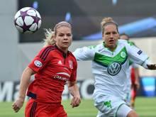 Gesetzt: Babett Peter (r.) und VfL Wolfsburg