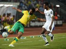 Baba (r.) dreht mit Ghana das Spiel und kommt weiter