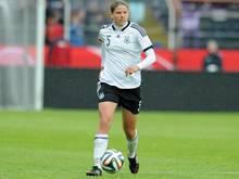 Nationalspielerin Annike Krahn verlängert in Paris