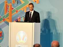 Aleksander Ceferin präsentierte nun auch das Münchner EM-Logo 2020