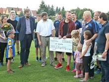 Arnold spendet 15.000 Euro an seinen Stammverein