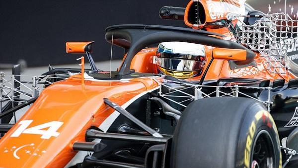 McLaren experimentierte mit einem zusätzlichen Flügel auf dem Halo-Bügel