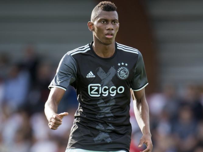 L'Ajax dei giovani riparte da Mateo Cassierra e da Kasper Dolberg